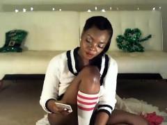 ebony-milf-in-stockings