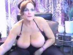 bbw-bigtits-milf-masturbate-and-chatting