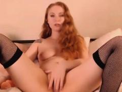 redhead-babe-sucks-dildo-then-fuck-her-pussy