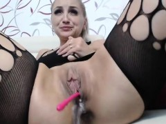 blonde-step-mouther-playing-with-her-juicy-little-cunt