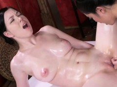 asian-lesbian-made-masseuse-cum
