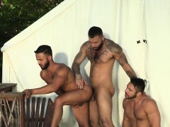 Muscle bear 3some and facial sperm