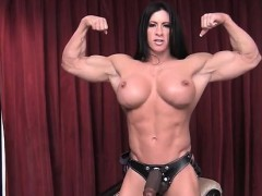 femalebodybuilder-angela-salvagno-loves-having-a-cock