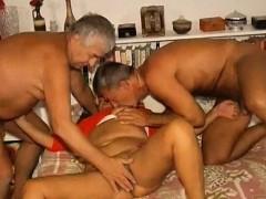 Omapass Amateur Grandma Threesome Sex Footage