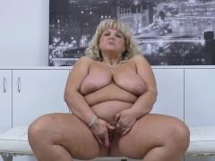 euro-bbw-milf-renatte-pleasures-her-plump-pussy