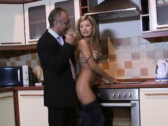 Slutty Honey Gives This Old Chap A Blowjob Of A Lifetime