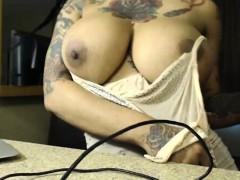 two-midget-fuck-ebony-with-big-boobs