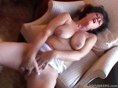 Gorgeous Amateur Cougar With Nice Big Tits Has A Smoke