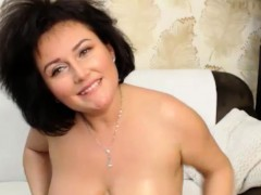 excited-huge-natural-boobs-camslut-playing-on-cam