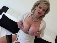 unfaithful-english-mature-lady-sonia-displays-her-huge-titti