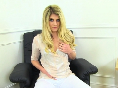 english-milf-ashleigh-peels-off-her-white-pants