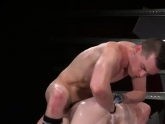 gay-anal-sex-first-time-in-an-acrobatic-69-axel