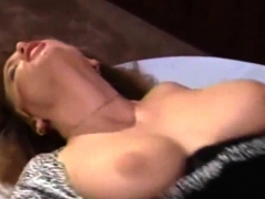 pussy-licking-and-fingering-milf