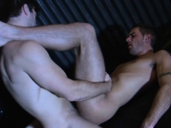 vehement-homo-sex-on-the-daybed