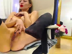 blonde-babe-ass-dildoing-and-pussy-fingering-on-webcam