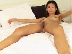 playgirl-gives-head-and-gives-an-outstanding-oral-job