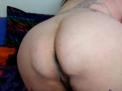 beautiful-fat-woman-squirting-and-choking-on-dildo