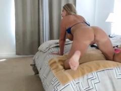 blonde-milf-with-big-tits-in-bikini-showing-on-cam