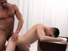 mormonboyz-daddy-fucks-twink-bareback-in-office