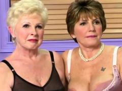lesbian-milfs-in-sexy-lingerie-posing