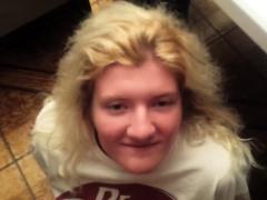 blonde-teen-pov-amateur-blowjob