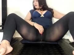 nylon-pantyhose-masturbation-solo-with-kelly-candy