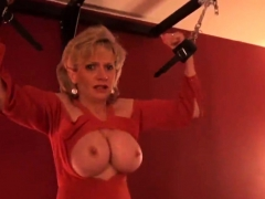 adulterous-british-milf-lady-sonia-showcases-her46ifh