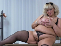 Euro BBW milf Dita works her pussy with fingers and dildo