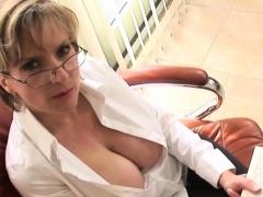 Unfaithful Uk Milf Lady Sonia Exposes Her Huge Boobies48kmh