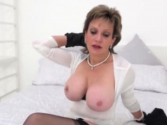 Unfaithful English Milf Lady Sonia Shows Her Huge Balloons89