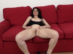 mature-takes-a-bbc-up-her-ass-until-it-s-filled-with-cum