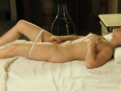 Turned On Virgin Masturbating Lusty Cunt Porn Video