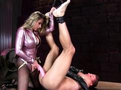 hot-pornstar-bondage-with-cumshot
