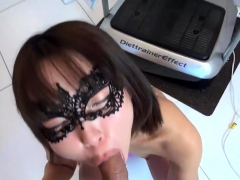 jav-amateur-hatsume-fucks-whilst-shes-on-the-phone