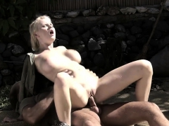 Tarra Satisfies A Big Dick Outdoors