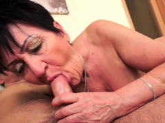 chubby-euro-granny-pussylicked-and-slammed