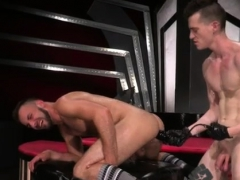 Porno Ass Fisting Anal Gays Aiden Woods Is On His Back
