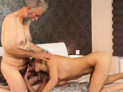 ELISABETH: First mature strap time video
