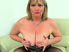 english-bbw-milf-katie-coquard-fingers-her-tight-fanny
