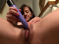 usawives-great-mature-hairy-pussies