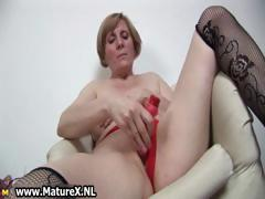 horny-old-mom-is-penetrating-part6
