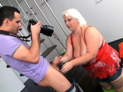 big-blonde-woman-gets-fucked-from-behind-after-photosession