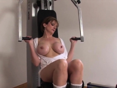 adulterous english mature gill ellis pops out her hea18gyg