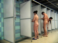 two-hidden-shower-scenes-make-one-very-good-voyeur-video