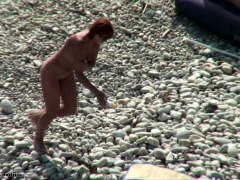 amateur-video-of-couple-at-a-public-beach-nude