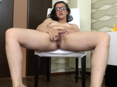 nerdy-jessica-likes-to-masturbate-alone