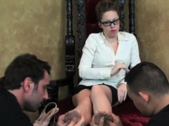 Beauty Licks Mastix Feet