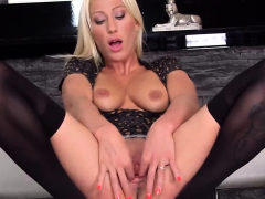 Unusual Czech Teen Stretches Her Slim Pussy To The St15wxb