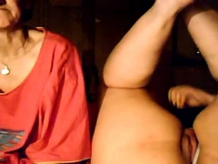 bbw-girl-and-her-granny-on-webcam