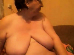 mature-bbw-with-huge-boobs-on-webcam